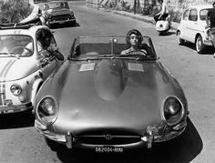 What's new, Pussycat? Jaguar und die Frauen | Classic Driver Magazine
