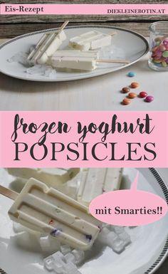 Frozen Yoghurt ist perfekt: frische Abkühlung für alle! Als Eis am Stiel mit ein paar Smarties wirds Party-tauglich! Rezept