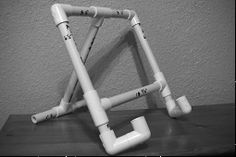 pvc pipe easel
