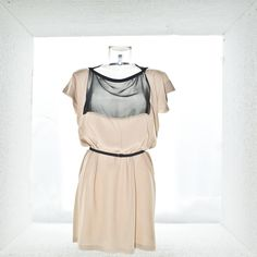 Flat pattern dress - Nynke Eggen