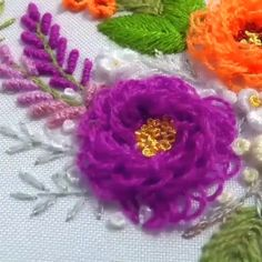 Flower embroidery tutorial by Hand Embroidery Patterns Flowers, Basic Embroidery Stitches, Hand Embroidery Videos, Embroidery Stitches Tutorial, Creative Embroidery, Simple Embroidery, Silk Ribbon Embroidery, Hand Embroidery Designs, Wool Embroidery