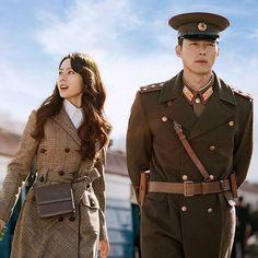 Crash Landing On You-KDrama-Subtitle Hyun Bin, Top Korean Dramas, Korean Drama Movies, Korean Drama Stars, Korean Drama Quotes, Korean Actresses, Korean Actors, Actors & Actresses, Coffee Prince