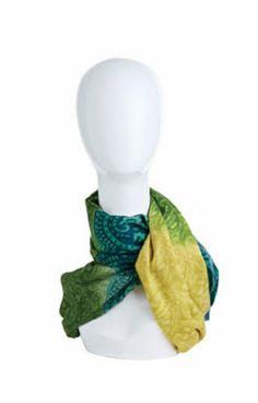 Modern Head Display Mannequin in 2 Colors at DustyJunk.com! #mannequin #etsyseller #vendorbooth