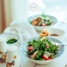 Argula & shrimp salad #bisquecafe #beatgroup #baku #azerbaijan #healthyfood #bisque #salads #argula #shrimps
