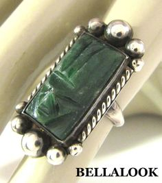 VINTAGE MEXICO STERLING SILVER & CARVED GREEN JADE AZTEC MAYAN FACE MASK RING
