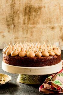 פאדג' שוקולד לוז Cake Recipes, Dessert Recipes, Desserts, Chocolat Cake, How To Read A Recipe, Good Food, Cakes, Cooking, Breakfast