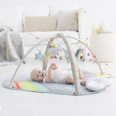 Featuring an oversized and oh-so-cuddly design, this Skip Hop Silver Lining Cloud activity gym and play mat keeps your baby comfortable during playtime. Baby Activity Gym, Activity Mat, Baby Freebies, Newborn Toys, Baby Gym, Silver Lining, Baby Needs, Baby Online, Infant Activities