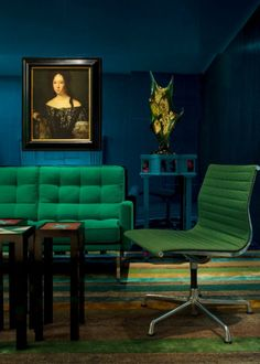 Would love this for a music room as an alternarive to blacks/vrown: Emerald Green + Sapphire Blue = Divine! Pantone 2013 Color of the Year: 14 Emerald Green Rooms Blue Rooms, Blue Walls, Dark Interiors, Colorful Interiors, Emerald Green Rooms, Green Sapphire, Green Furniture, Eames Furniture, Furniture Design