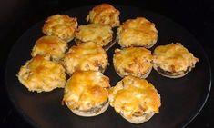 Zsírszegény túróval töltött gombafejek Muffin, Healthy Recipes, Meals, Breakfast, Food, Muffins, Meal, Hoods, Cupcake