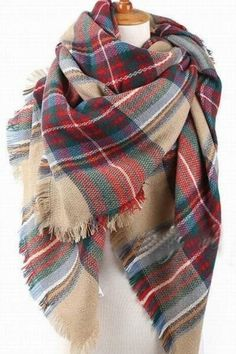 From the pumpkin patch to game night the Autumn in New York Blanket scarf is the perfect accessory that not only looks great but is sure to keep you warm. Feat