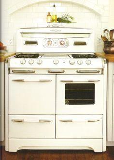 Vintage Stove · Retro Kitchen AppliancesKitchen ...