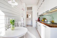 Post: Inspiradora cocina nórdica ---> espacios pequenos, estilo nordico, interiores femeninos, decoracion muebles de ikea, decoracion en blanco, decoracion cocinas modernas