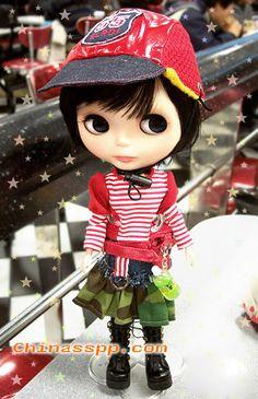 玩具Blythe娃娃时尚都市漂亮的摩登女郎(图)