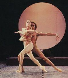 "Maya Plisetskaya and Jorge Donn ""Leda"" Bejart #mayaplisetskaya a #jorgedonn #leda #bejart #mauricebejart"