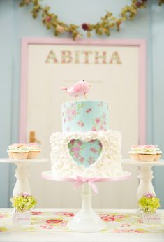 Decoración de Fiestas estilo Shabby-Chic http://tutusparafiestas.com/decoracion-fiestas-estilo-shabby-chic/ Shabby Chic Holiday Party Decoration #CumpleañosestiloShabby-Chic #DecoracióndeFiestaetiloShabby-Chic #DecoraciónShabby-Chic #DecoraciónShabby-Chicparafiestas #FiestaShabby-Chic #Shabby-Chic #Party