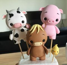 Cake Decorating Designs, Farm Cake, Fondant Cake Toppers, Cow Art, Fondant Flowers, Clay Figures, Air Dry Clay, Marzipan, Cold Porcelain