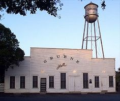 Gruene Hall - Texas' Oldest Dance Hall - check out schedule,.  Possibly SWEETHEARTS' GOSPEL BRUNCH WITH A TEXAS TWIST TICKETS: $30 | DOORS: 9:30 AM The Gospel Brunch is led by Bret Graham, one of Gruene Hall's favorite country musicians. Bret sings his cowboy style Gospel tunes and accompanies The Gospel Silvertones, one of Austin's most uplifting Gospel groups. The New Orleans-style gospel brunch also features a buffet catered by Gristmill River Restaurant & Bar.