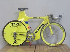 One off Look TT Bike. I've got a Look TT bike that is not quite as extreme. Motorized Bicycle, Bicycle Race, Road Bikes, Cycling Bikes, Bicicletas Raleigh, Tricycle, Trial Bike, Bike Kit, Mountain Bike Shoes