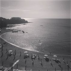#seascape #bellavista #endofsummer  #landscape #paesaggio #perspective #line #linea #learnminimalism #bw #moodoftheday #blackandwhitephoto #blancetnoir #biancoenero #bwedition #bwlovers #bwphotography #bwphoto #instapic #vista #nofilter #reflection #italy #view #september #instagood