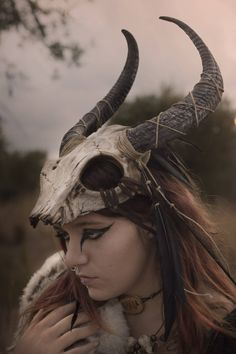 Skull headdress feather viking costume shaman mask black horns tribal pagan warrior crown festival cap horned helmet with feathers – Norse Mythology-Vikings-Tattoo Larp, Festival Caps, Costume Viking, Warrior Costume, Horns Costume, Character Inspiration, Character Design, Skull Mask