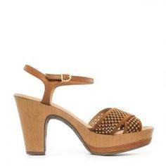 Sandalia pulsera Weekend by Pedro Miralles en piel y serraje cuero con aplicaciones #shoes #ss16 #inspiration  #shoeporn #sandals #zapatos #moda #calzado