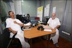 Radio live broadcast from the MBC (Album 16 photos) MBC = Mauritius Broadcasting Corporation. With Vidura Prabhu and Kartick Mohes. New Year's message, semi-monthly radio live broadcast organized by...