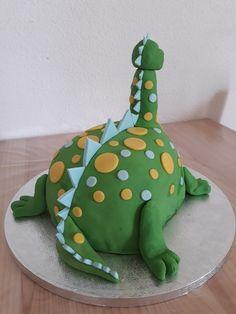Dinosaur Stuffed Animal, Bb, Design, Meet, Dinosaur Cake Toppers, Pretty Cakes, Cake Decorations, Sugar Paste