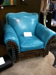 Gorgeous turquoise chair.