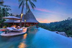 Infinity pool at the Viceroy Bali