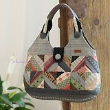 Quilted Tote Bags, Patchwork Bags, Bag Pattern Free, Bag Patterns To Sew, Japanese Bag, Diy Bags Purses, Denim Bag, Fabric Bags, Tote Purse