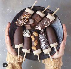 Healthy desserts and snacks Healthy Dessert Recipes, Yummy Snacks, Healthy Snacks, Snack Recipes, Yummy Food, Breakfast Healthy, Healthy Eating, Breakfast Ideas, Breakfast Recipes