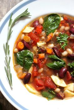 Tuscan Vegetable Bean Soup | 27 SUMPTUOUS CONTENDERS FOR MISS LEGUME-IVERSE 2015