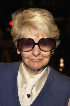 When she styled up a sweater vest. | 19 Times Elaine Stritch Taught Us How To Wear Clothes