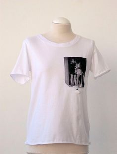 Luci Lü kiss t-shirt by twyggi. Explore more products on http://twyggi.etsy.com