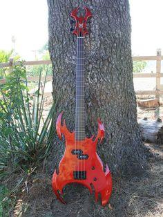 Neal Moser Siren Bass