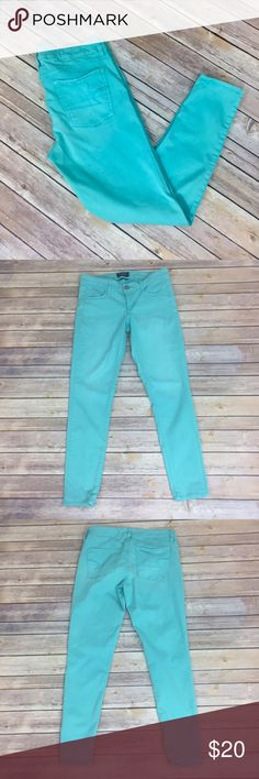 "✨American Eagle Outfitters Teal Skinny✨ Cute! Super stretch. 54% cotton 43% Rayon 3% spandex 28"" length, 15"" waist laying flat,   💕Need any other information? Measurements? Materials? Feel free to ask! 💕Unfortunately, I am unable to model items!  💕Don't be shy, I always welcome reasonable offers! 💕Fast shipping! Same or next day! 💕Sorry, no trades!  Happy Poshing!☺️ American Eagle Outfitters Pants Skinny"