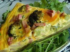 Brokolicový quiche Baked Potato, Quiche, Zucchini, Pizza, Food And Drink, Bread, Chicken, Vegetables, Ethnic Recipes