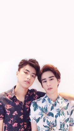 Cute Asian Guys, Asian Boys, Asian Men, Z Boys, Cute Boys, Book And Frame, Love Sick, Cute Gay Couples, Thai Drama