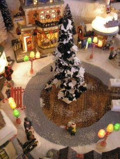 Dept-56-Lemax-Display-Platform-CIC-Santa-Claus-Village