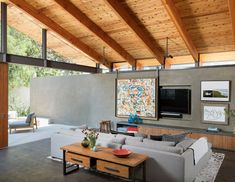 An amazing addition to a family home in Manhattan Beach: Art Barn