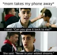 Funny and cute memes of One Direction. Most of them aren't mine, th… Humor One Direction Humor, I Love One Direction, Max Schneider, Funny Memes, Hilarious, Blackpink Memes, Funny Quotes, All That Matters, First Love