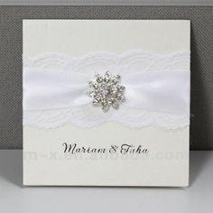 carte faite main d'invitation de mariage de lacet avec la boucle intéressante----EA413