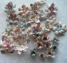 Flowers tutorial on my blog http://piabau.blogspot.dk/2016/01/tutorial-pa-blomster.html