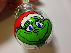 grinch ornament Diy Christmas Baubles, Grinch Christmas Decorations, Grinch Ornaments, Grinch Who Stole Christmas, Glitter Ornaments, Painted Ornaments, Christmas Scenes, Christmas Bulbs, Grinch 2
