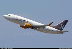 Photo of OY-JTB Boeing 737-3Y0 by Medolago Manuel