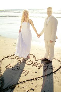 beach wedding pic