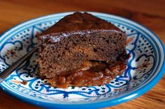 Gingerbread Apple Right-Side Up Cake