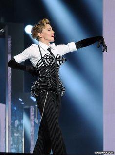 Cone bra, making a comeback?Madonna, singing Vogue, with a recent interpretation of her famous bra by Jean Paul Gaultier Madonna Live, Madonna Vogue, Tel Aviv, Jean Paul Gaultier, Guinness, Lady Gaga, Divas Pop, Best Female Artists, Beauty Around The World