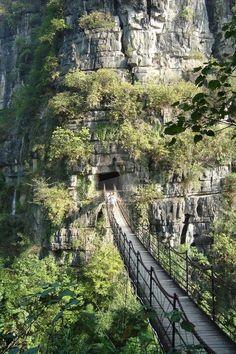 Cliff Bridge, China