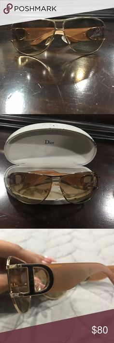 Christian Dior Gold sunglasses Authentic Dior sunglasses in gold! Glasses are in good condition, case not so much. Very fashionable!!!!! Make me an offer you never know ☺️ Christian Dior Accessories Sunglasses